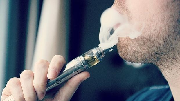 El uso de cigarrillos electrónicos produce cambios mínimos en la calidad del aire